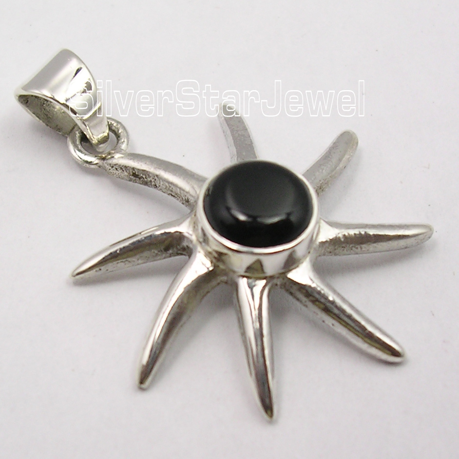 925-Silver-ROUND-BLACK-ONYX-Gem-MODERNISTIC-Pendant-1-3-034-FREE-SHIPPING