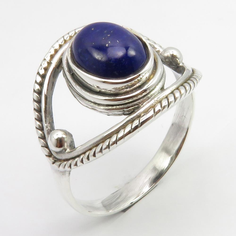 Beautiful Tanzanite Gemstone Ethnic Style Jewelry 925 Sterling Silver Ring 6 US